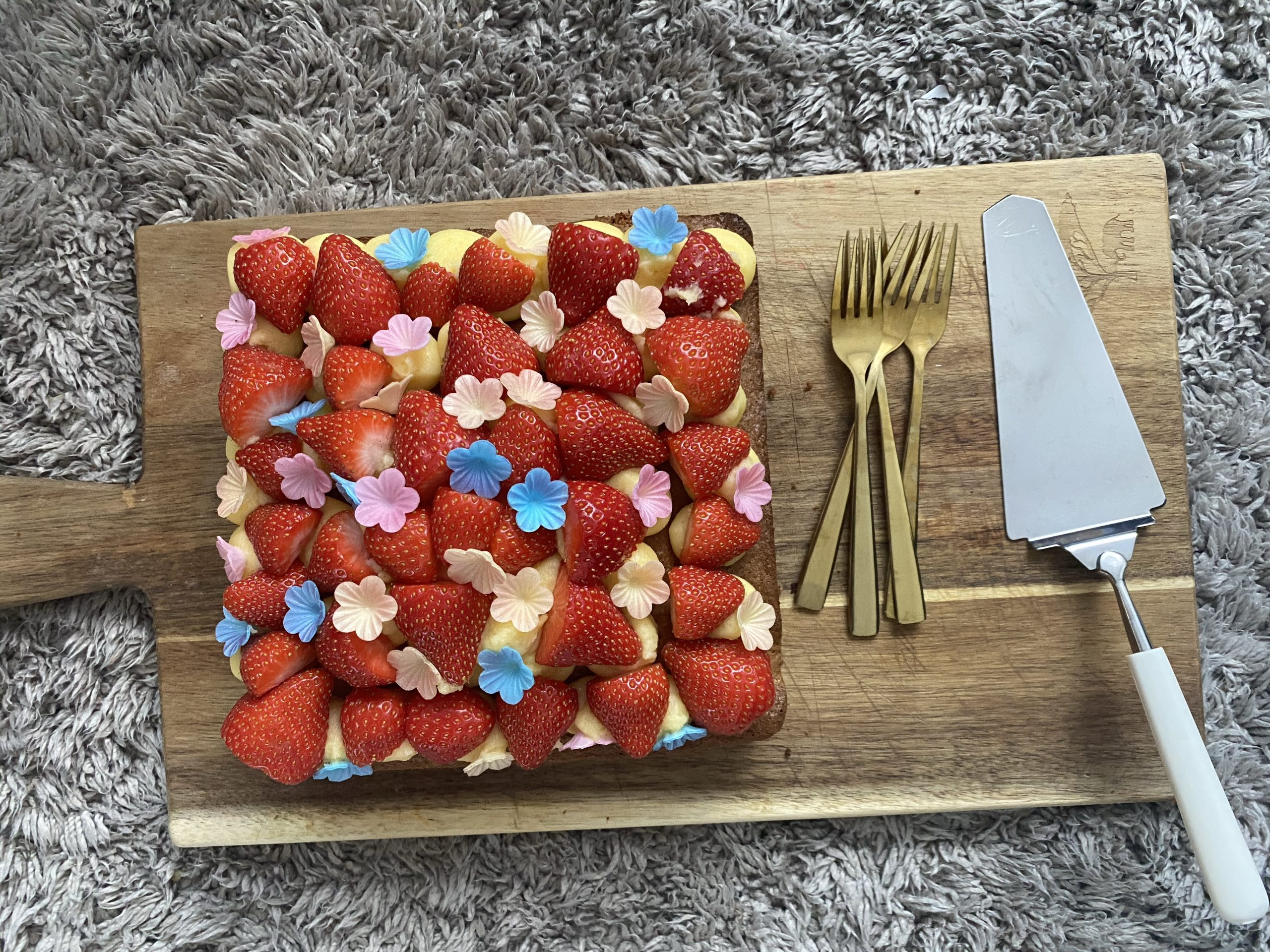 Simpele aardbeien taart