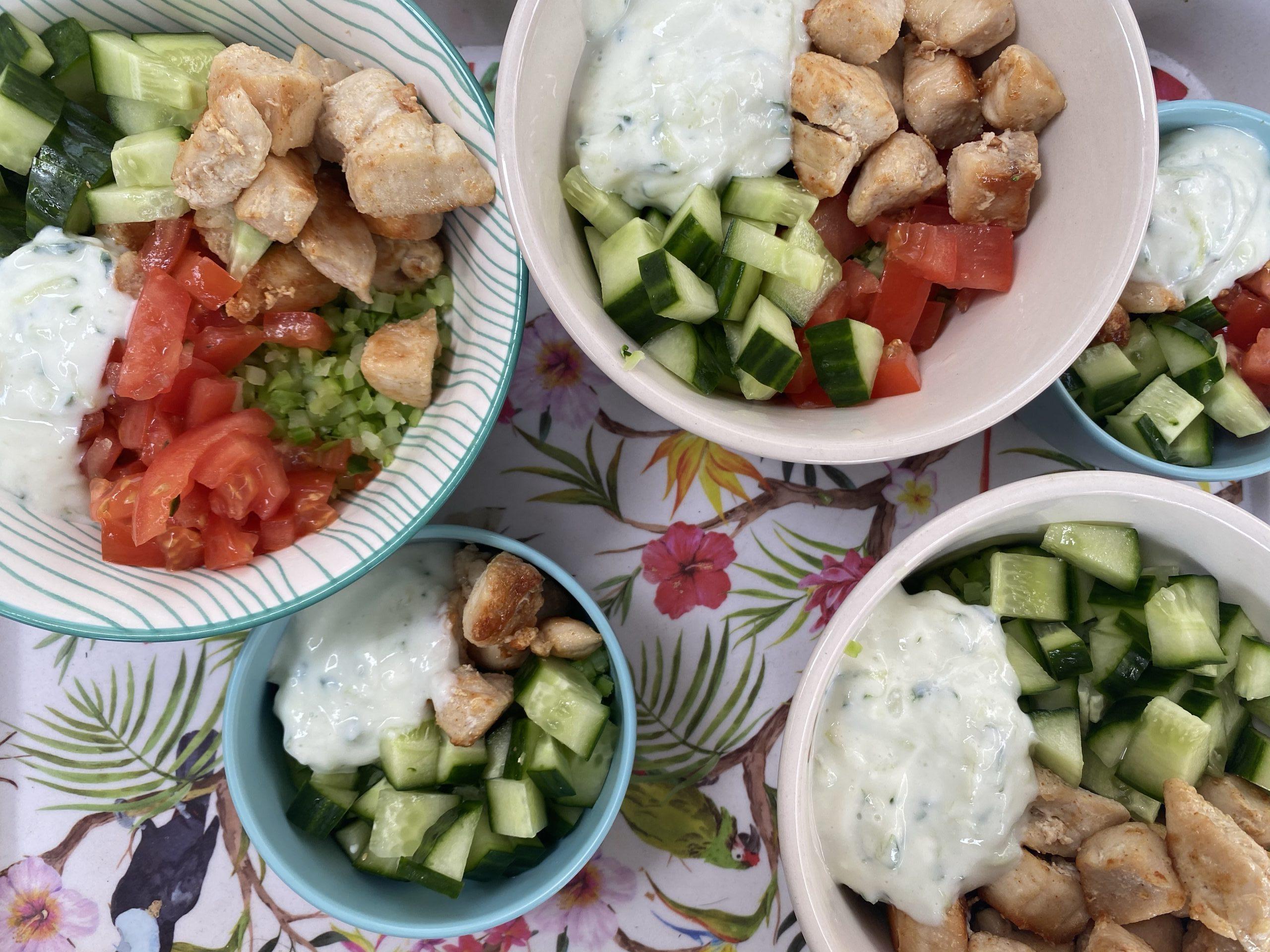 Griekse Bowl met broccoli rijst